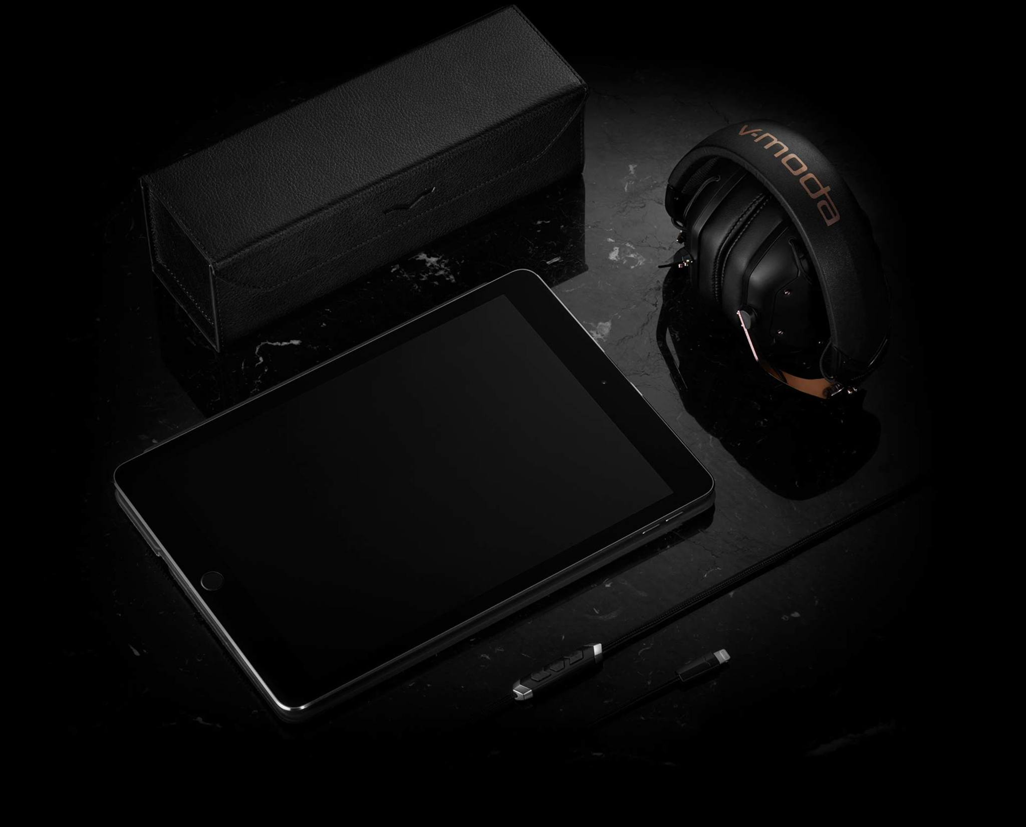 REMIX Bluetooth Speaker Leather Carry Case with headphones and iPad