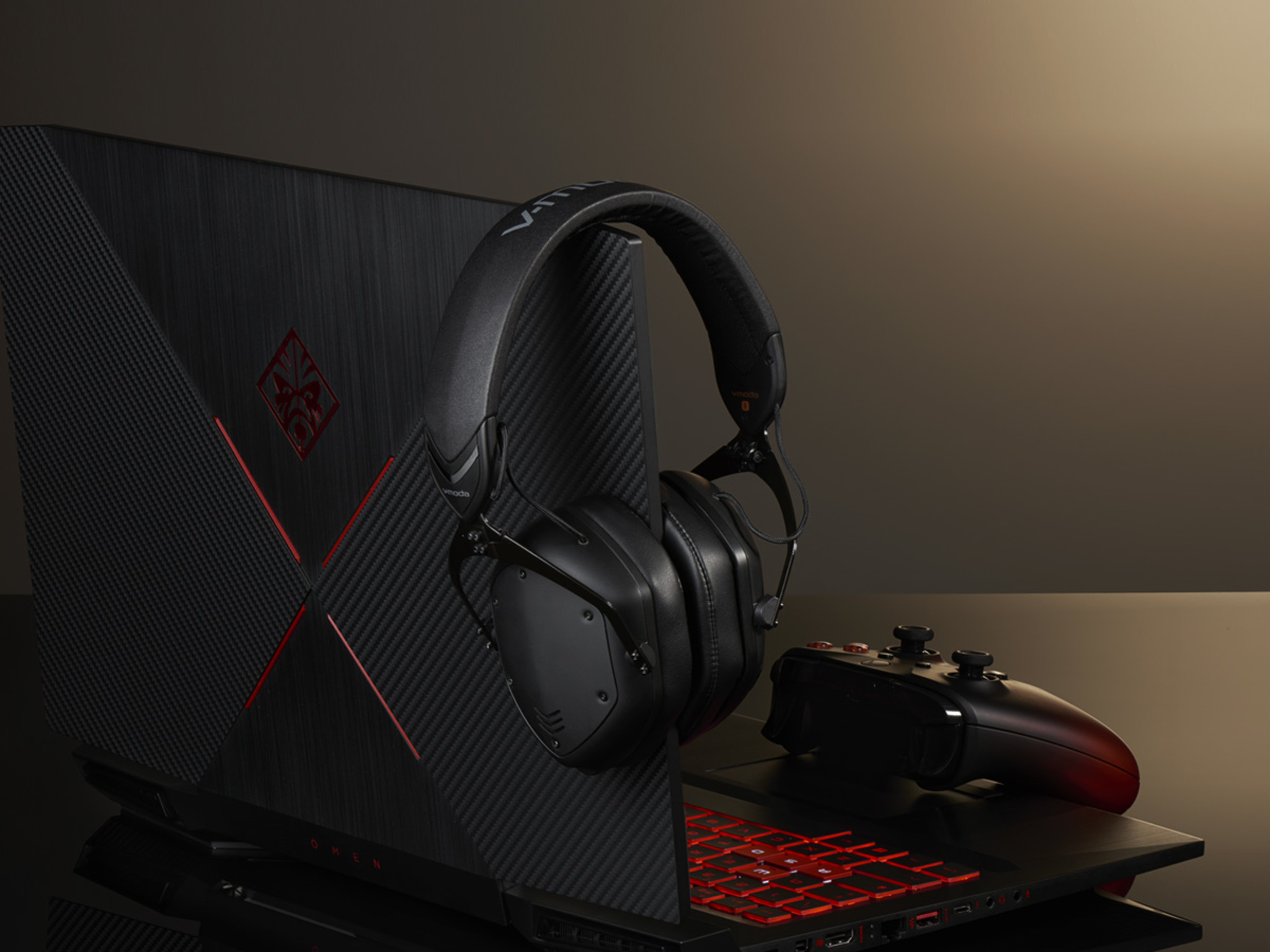 Crossfade 2 Wireless in Matte Black on a computer with a gaming controller