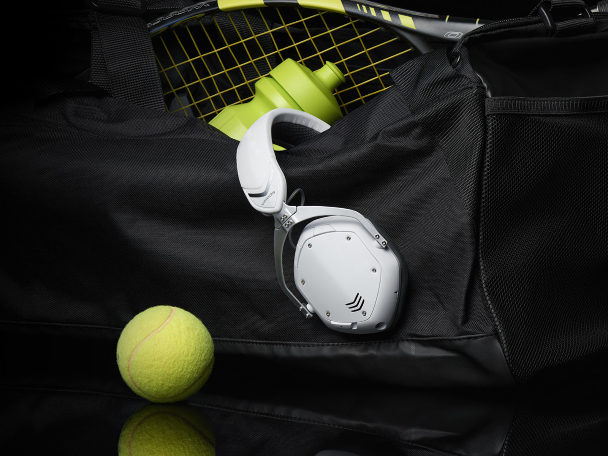 Crossfade 2 Wireless in Matte White in a sports bag