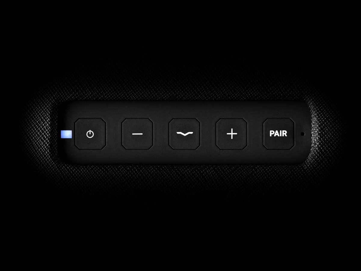 Intuitive Controls of the Remix Bluetooth HiFi Speaker